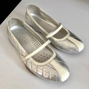 Cole Haan Nike Air Flats Quilted Metalic Silver